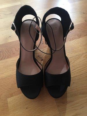 H&M Wedge Sandals black-cream