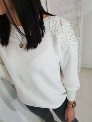 Oversized Sweater white