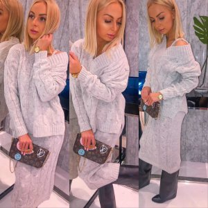 Knitted Twin Set oatmeal
