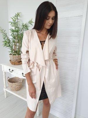 Manteau en cuir crème-rose chair
