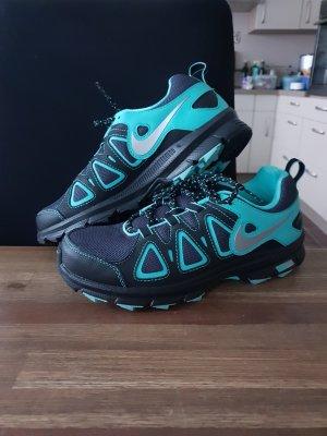 Neue Laufschuhe Nike air