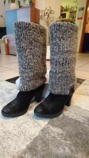 Neue Leder-Stiefel von Calvin Klein Jeans mit Stulpen