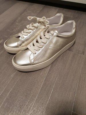 Neue Mango Sneaker