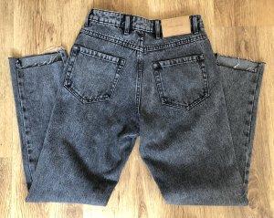 Neue Mom Jeans von Zara! Ungetragen! Größe 34