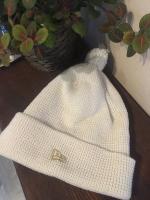 New Era Bobble Hat natural white