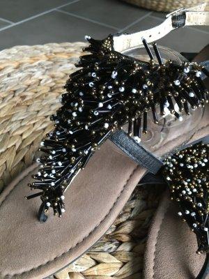 Neue ! Mustang Sandalen mit Perlen