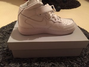 Neue Nike Air Force One