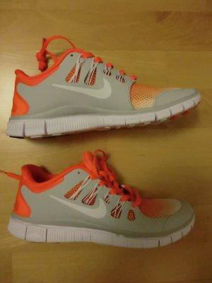 Neue Nike Free 5.0 Sportschuhe * Gr. 40 * neon