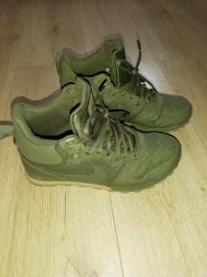 Neue Nike Sneaker Gr.38,5