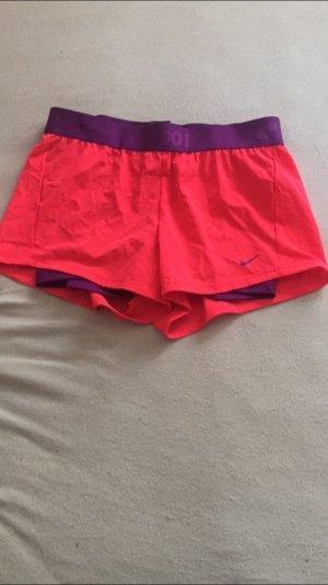 Neue Nike Sport Shorts
