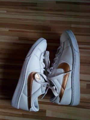 Nike Skaterschoenen wit-goud Leer