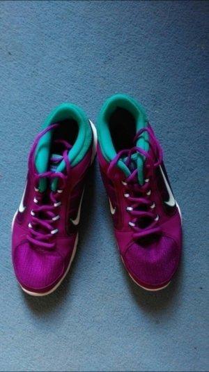 Neue Nikeschuhe Lila