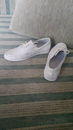 Neue Nude/Weiße Mokassins Schuhe !