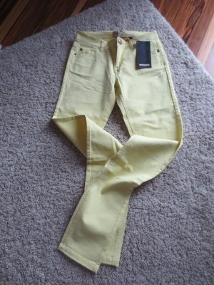 NEUE ONLY Jeans in Sonnengelb Gr. 27