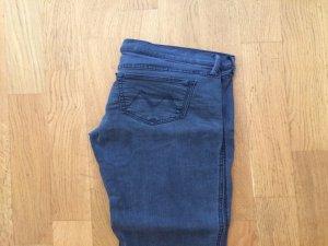 Neue Original graue Mother Jeans, Größe 28, gerader schnitt, Neupreis 369 Euro, neu mit Etikett
