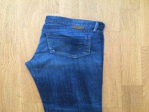 Neue Original Jeans von Goldsign, Größe 28. nie getragen aber bereits auf die Länge 32 kürzen lassen. Neupreis 259 Euro