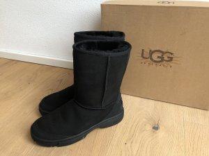 Neue OVP Ugg Boots schwarz Gr. 38