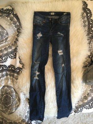 Neue Pull&Bear Jeans