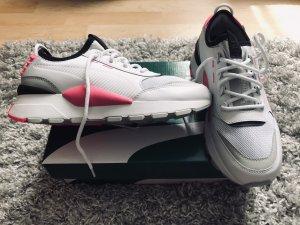 Neue Puma-Sneaker Gr 38