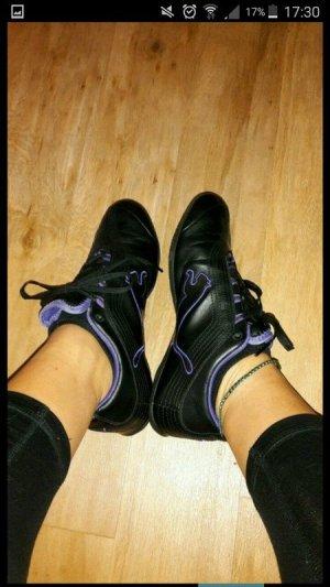 Neue Puma Sport Schuhe in 37,5