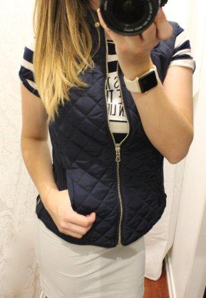 Neue Reiterweste / Steppweste von Zara in blau / gold