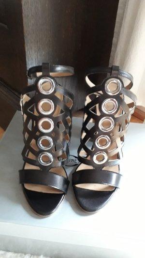 Neue Sandalen ! der Marke Divine Follie