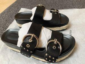 Neue Sandalen von Bershka