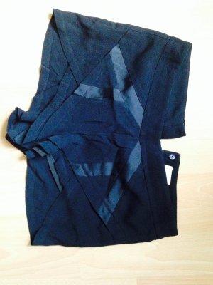 Neue schicke schwarze Hose