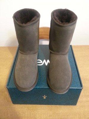 Neue schöne Emu Boots