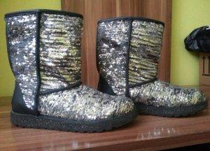 Neue schöne Skechers Boots
