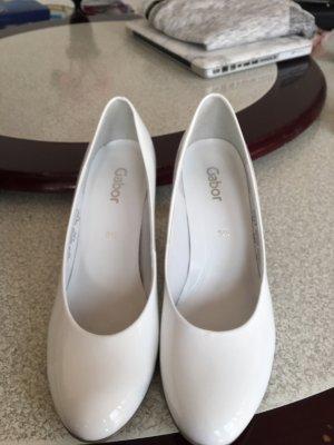 Neue Schuhe in 38.5 von Gabor in Weiß