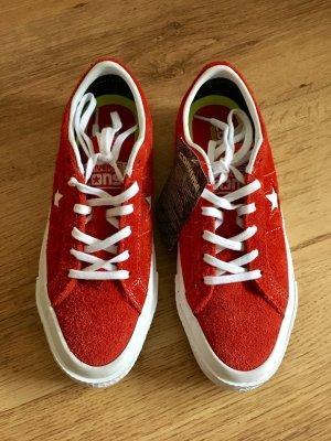 Neue Schuhe von Converse