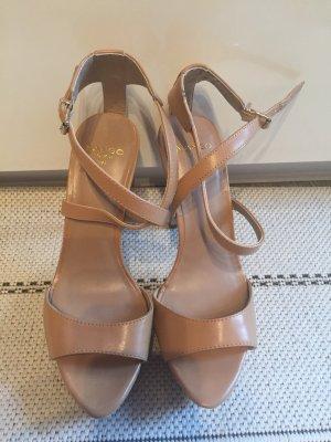 Neue Schuhe von Mango