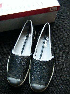 Neue Schuhe von Rieker