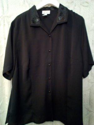 neue schwarze Bluse, Pailletten und Glanz am Kragen, leichte transparent, ERFO, Gr. 50
