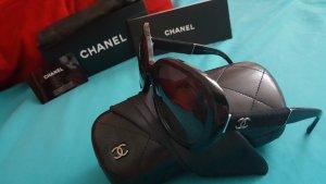 Neue schwarze Chanel Sonnenbrille (Modell 5256 c501/s8)