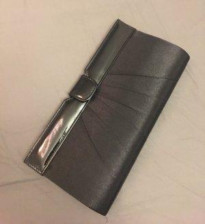 Neue schwarze elegante Clutch