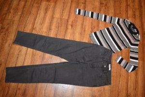 Neue schwarze Highwaist Skinny Jeans 38 Nakd