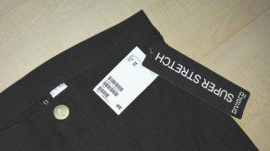 Neue schwarze Hose, H&M, Größe 36