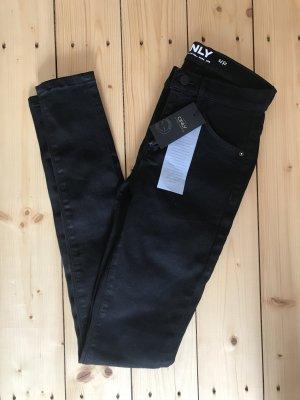Neue schwarze Jeans von only