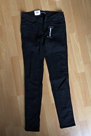 Neue schwarze Levi's Jeans S/M low super skinny line 8