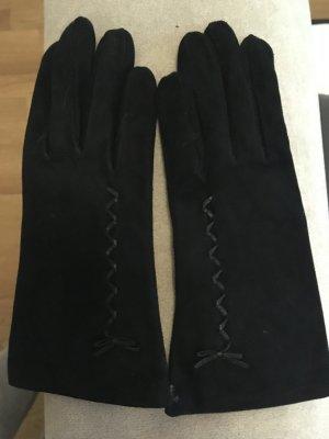 c94c93aad37fad Neue schwarze rauhleder Handschuhe in Größe Medium oder 7,5