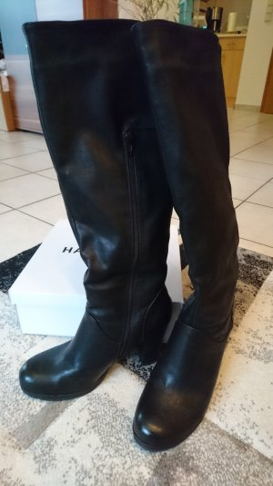 Neue schwarze Stiefel von Even & Odd mit Absatz