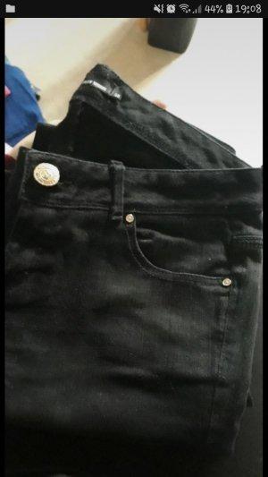 neue schwarzgraue Jeans