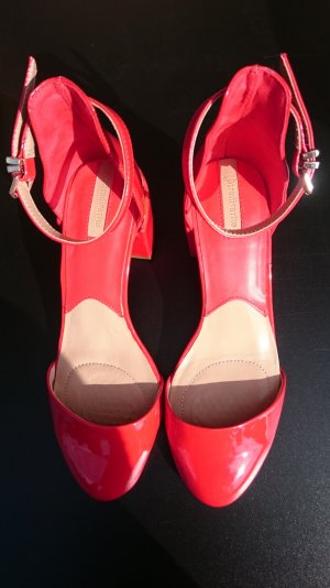 Stradivarius Strapped High-Heeled Sandals gold-colored-red