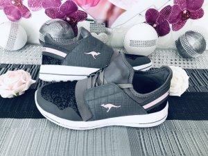 Neue sehr schöne - KangaROOS - Sneaker Gr. 41