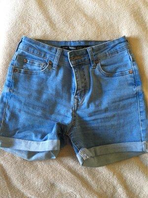 Bershka High-Waist-Shorts pale blue-white