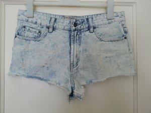 Neue Shorts von Zara