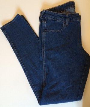 Neue Slimfit-Jeans von H&M Gr. 29/32
