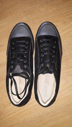 Neue Sneaker von Candice Cooper